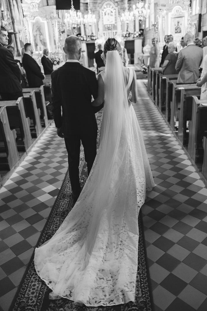 suknia-ślubna-2021